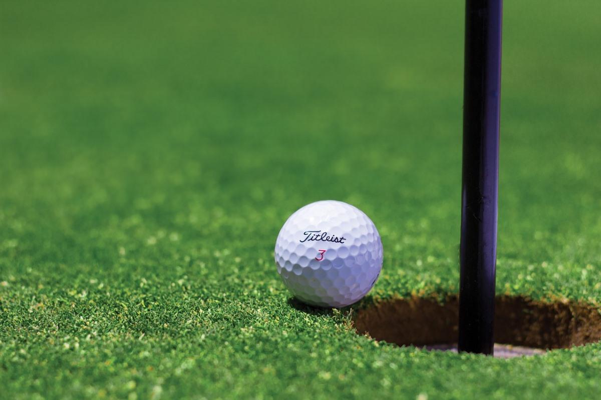 Nissan ProPilot: Pelota de golf con la que siempre harás hoyo