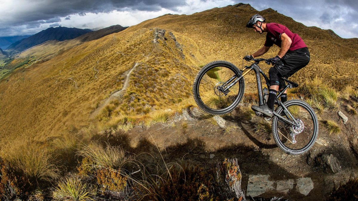 Una bicicleta eléctrica de montaña de solo 17 kg, así es la Specialized Turbo Levo SL