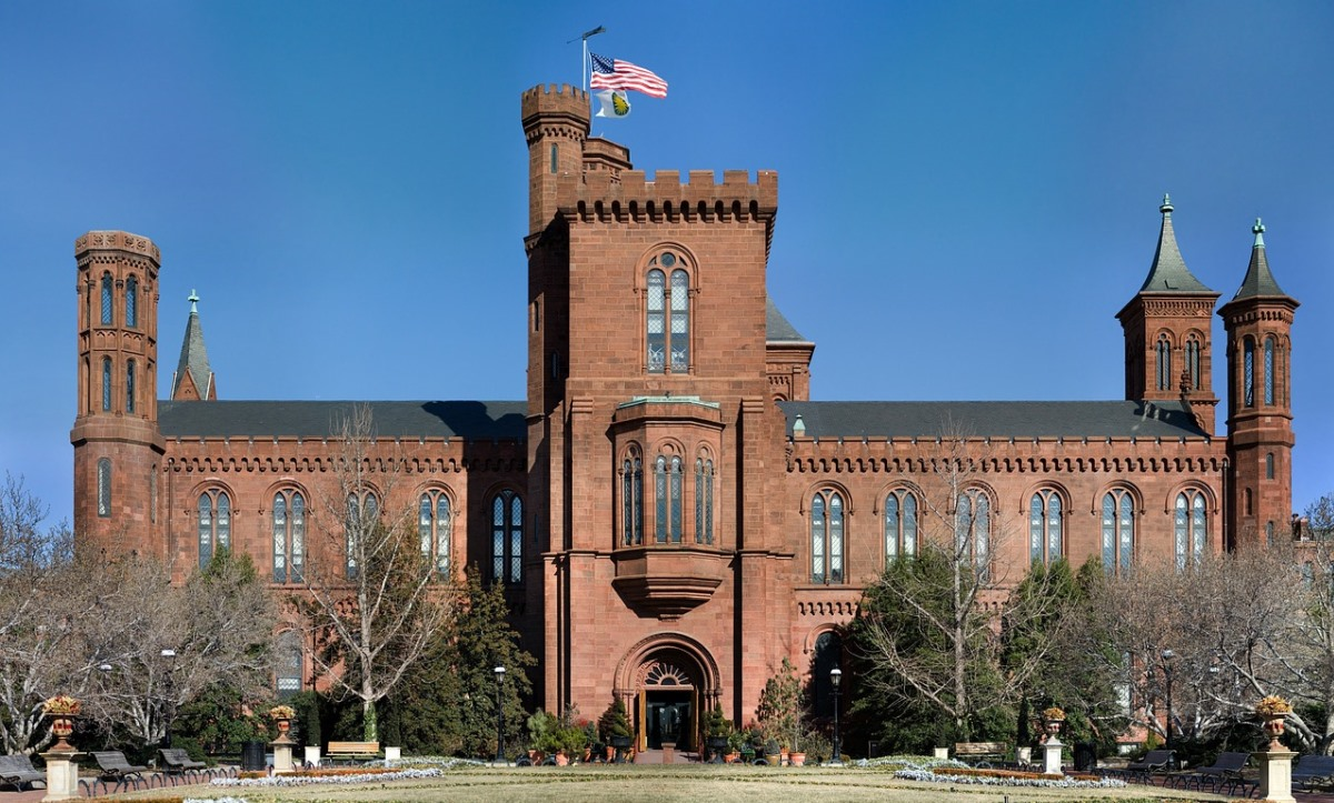 Instituto Smithsoniano publica 2.8 millones de imágenes libres de derecho de autor