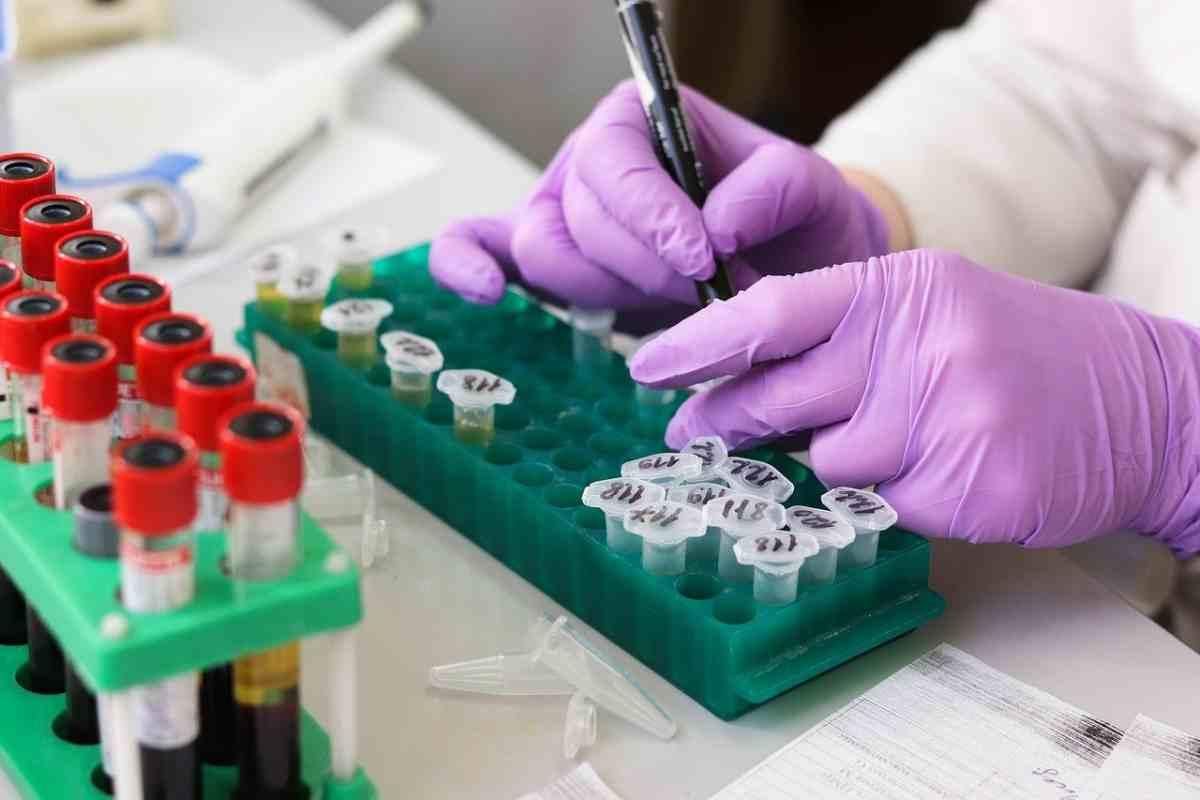 Amazon eliminará productos a la venta que prometan poner freno al coronavirus