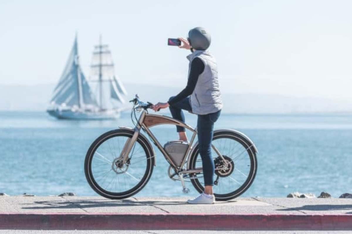 Viaja a lo vintage con la nueva bicicleta eléctrica Cafe 2020