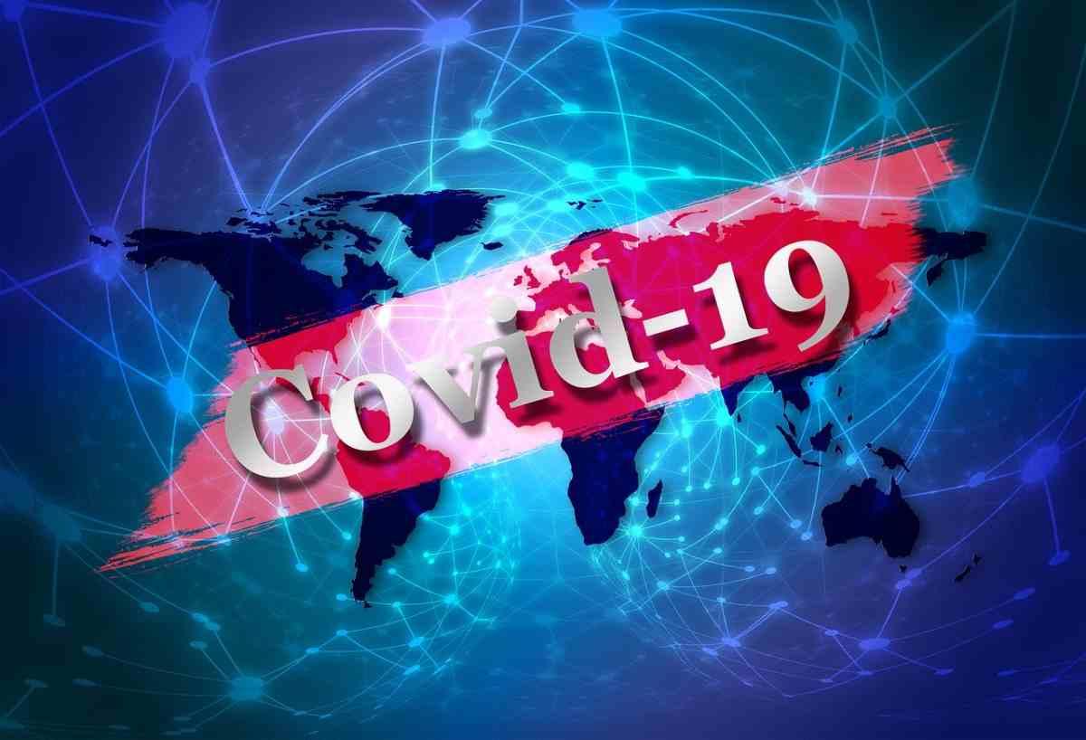 España cuadruplicará las pruebas diarias por covid-19 gracias a los robots
