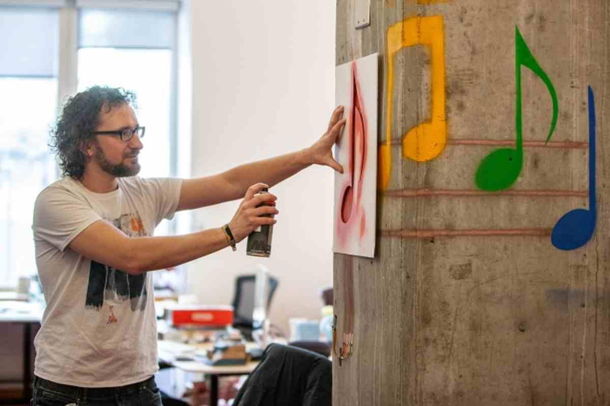 Crean una tecnología que permite interactuar con distintas superficies con grafitis