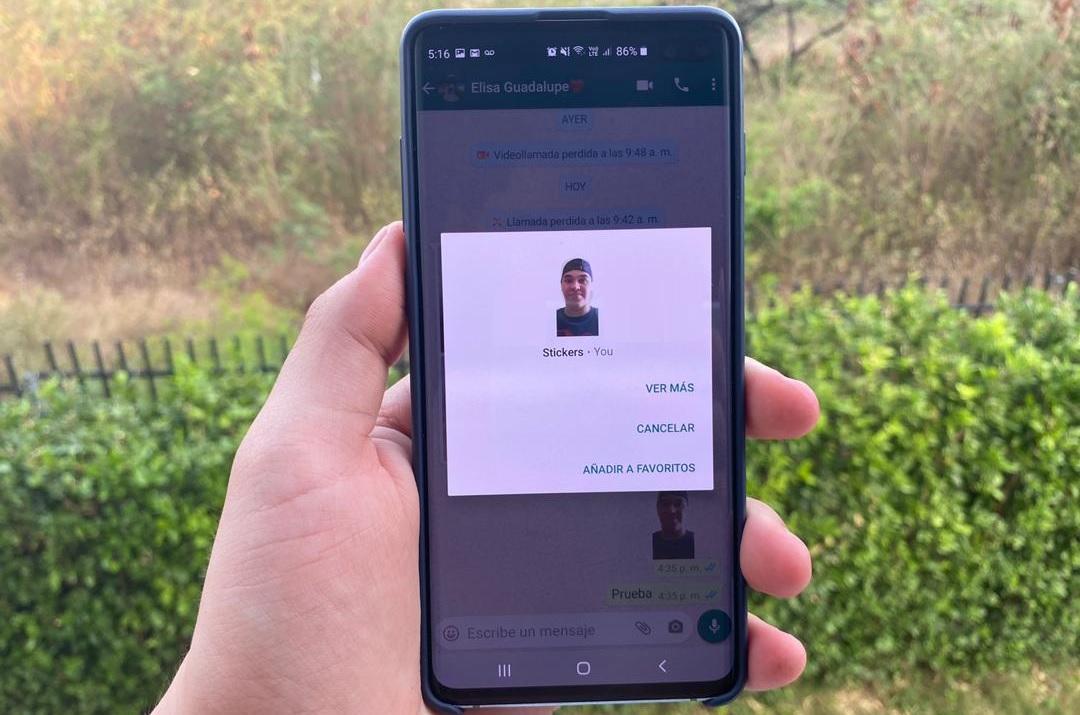 Una forma rápida y gratuita de hacer stickers en WhatsApp con tus propias fotos