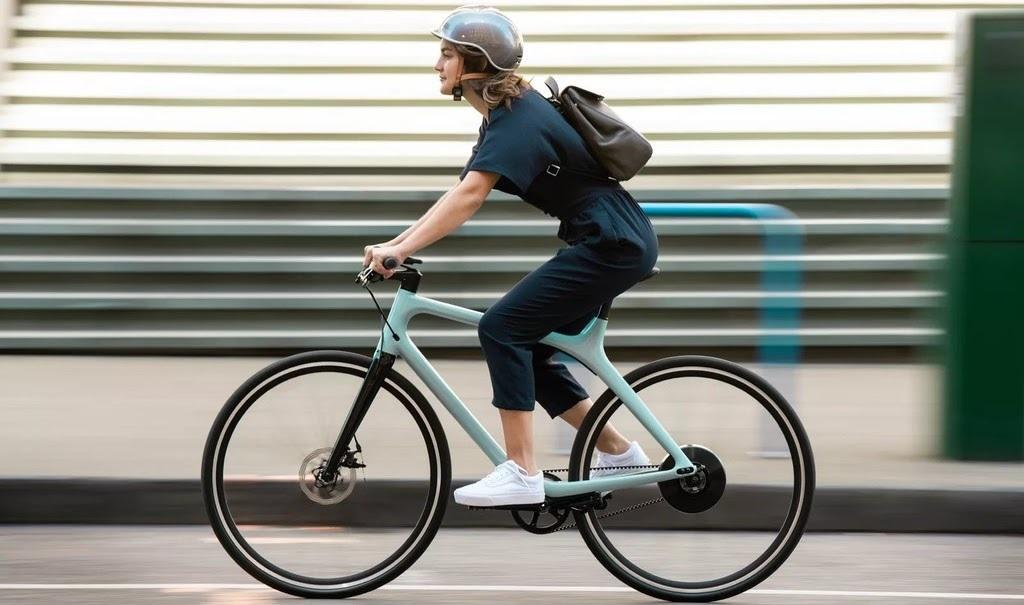Gogoro presenta dos bicicletas eléctricas de solo 10 kg con 88 km de autonomía