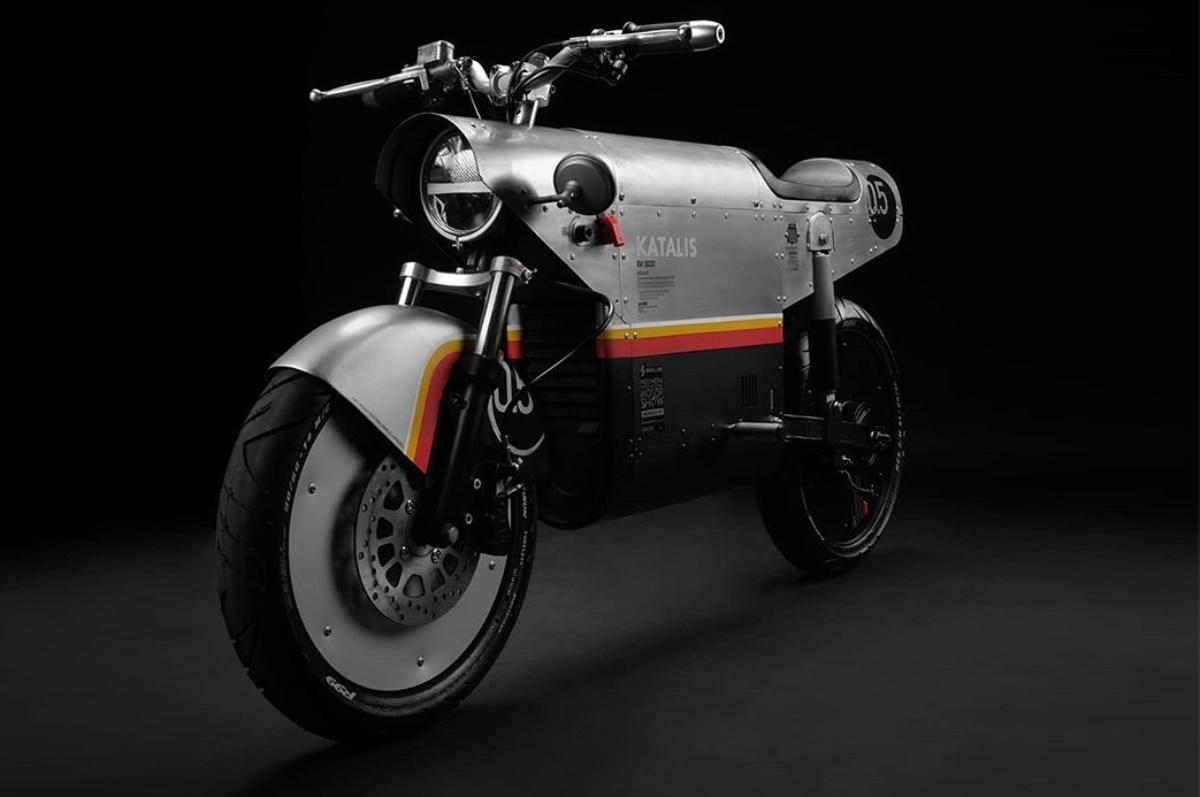 Katalis EV.500: Moto eléctrica con diseño alusivo a la Segunda Guerra Mundial