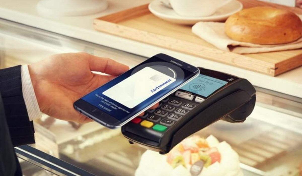 Samsung planea lanzar una tarjeta de débito en los próximos meses