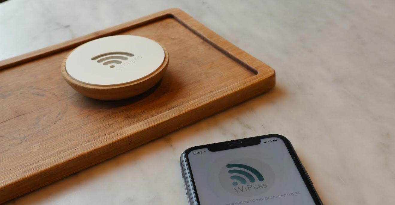 WiPass Home, un dispositivo para dar conexión a WiFi con solo acercar el móvil
