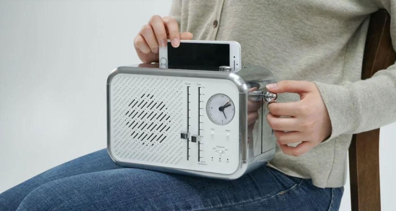 Una «tostadora» que limpia nuestro móvil en minutos