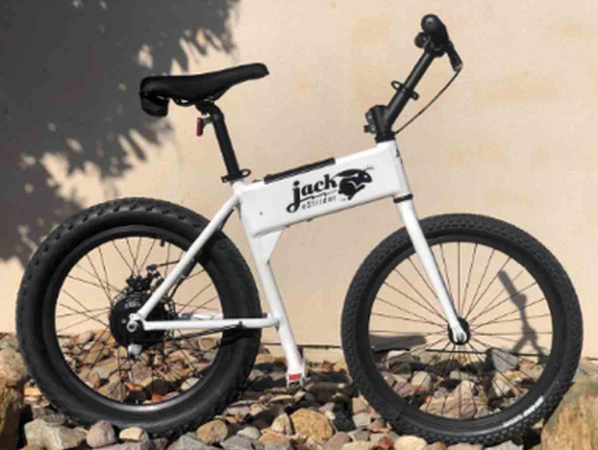 JackRabbit, una mini bicicleta eléctrica ligera y fácil de transportar