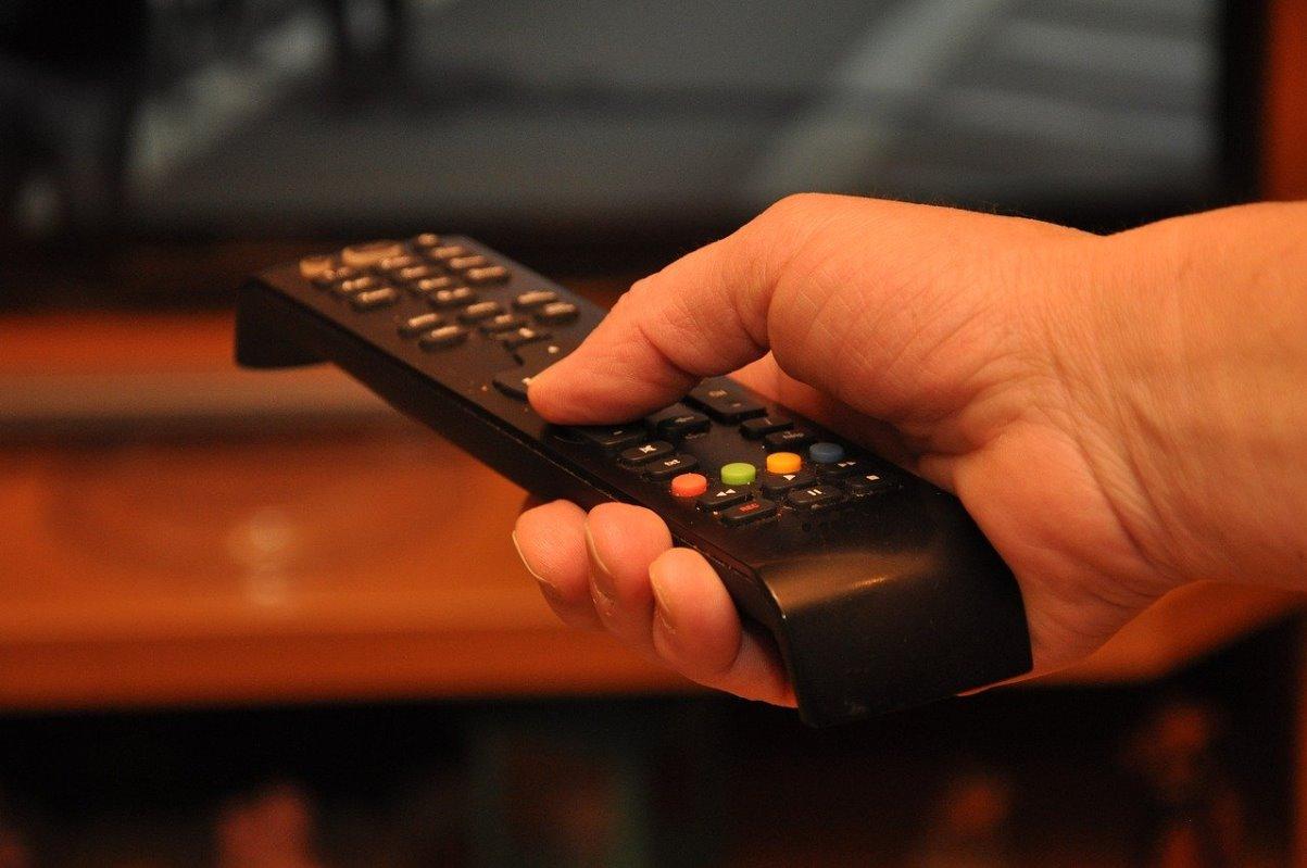 HBO Max anuncia la incorporación de anuncios en su contenido mientras que Netflix se mantiene alejado de estos