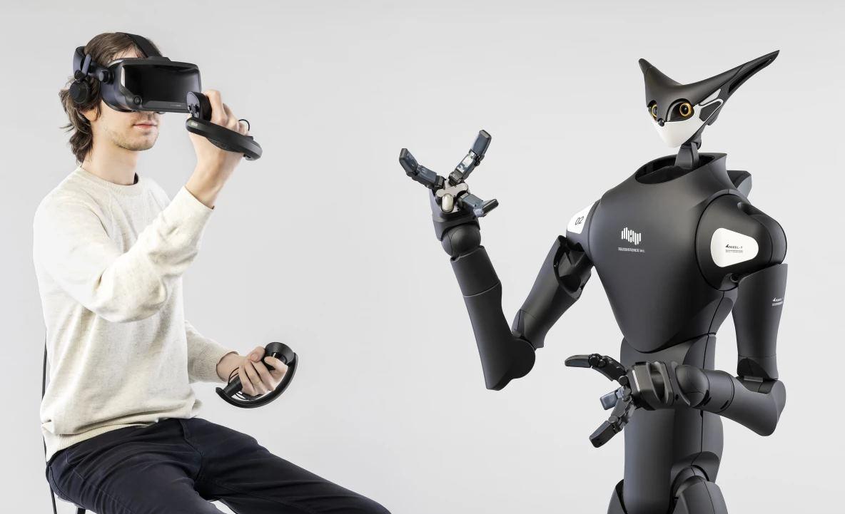 Robot apilador de estantes controlado por un humano con Realidad Virtual
