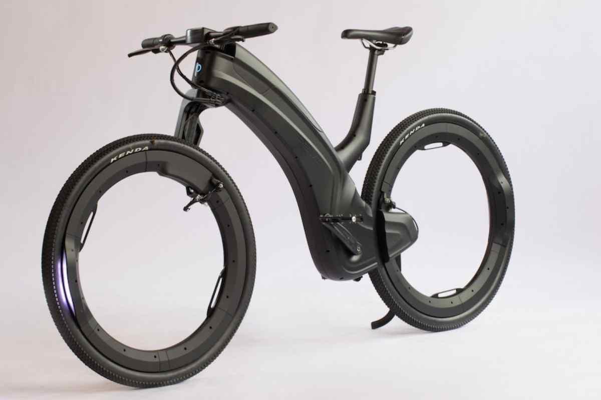 Reevo, bicicleta eléctrica de diseño futurista con ruedas sin radios