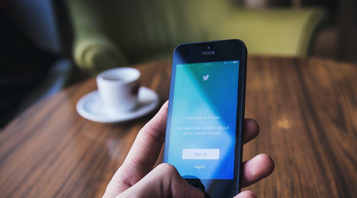 Twitter mejora la seguridad desde el móvil con estas novedades