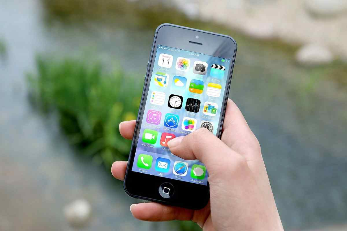 Apple comienza a cobrar la tasa reducida a algunos desarrolladores de apps
