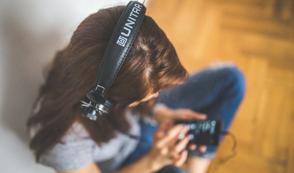 6 podcasts para aprender inglés con Spotify