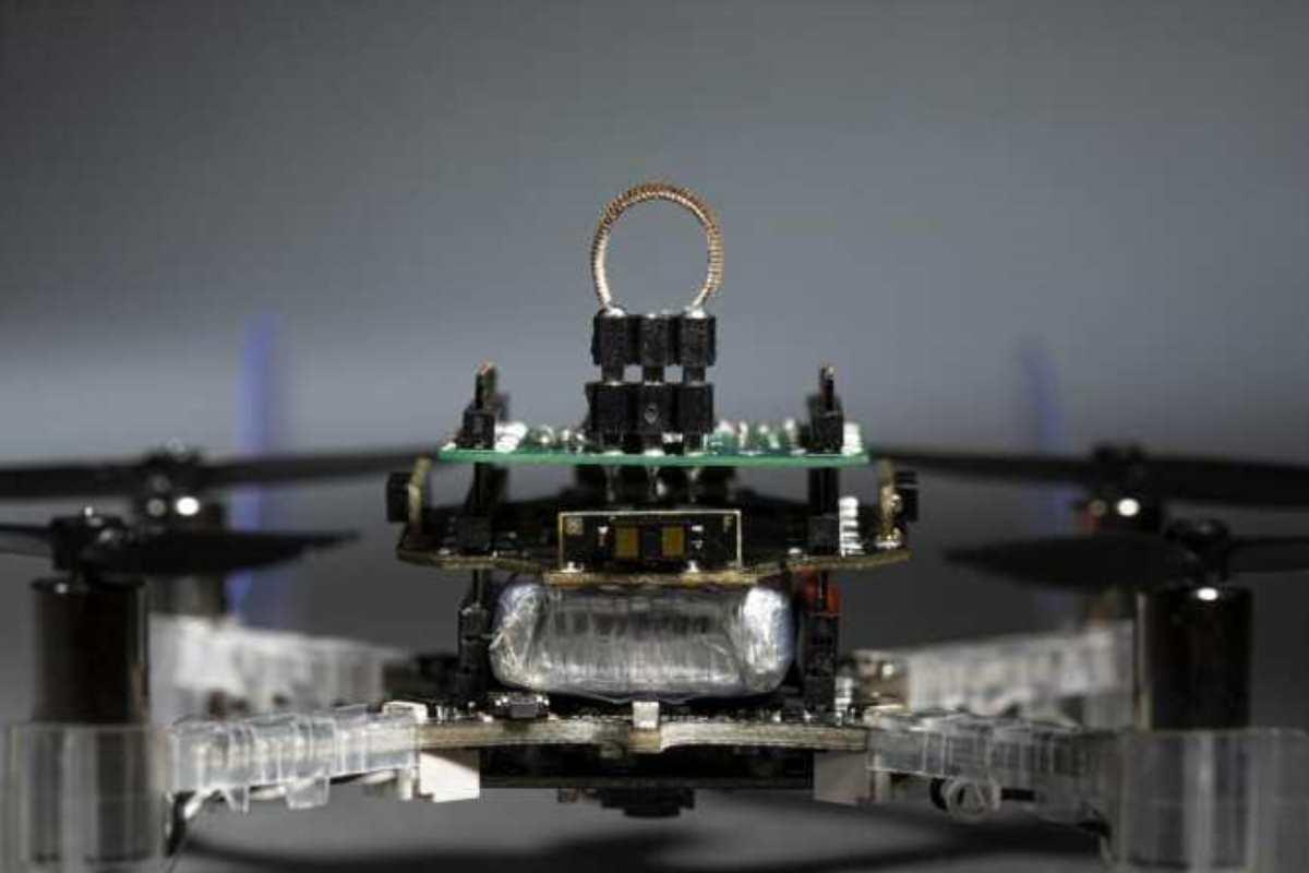 Desarrollan dron con capacidad para volar guiado por olores