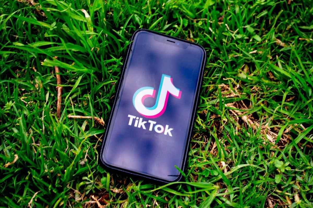 TikTok lanza su primer filtro de Realidad Aumentada para el sensor LiDAR de Apple