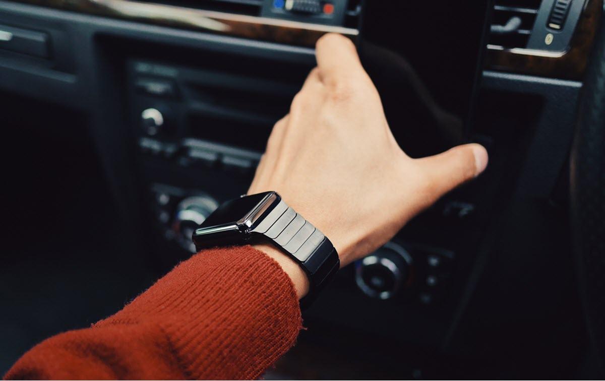 Facebook estaría trabajando en su propio smartwatch con estas características
