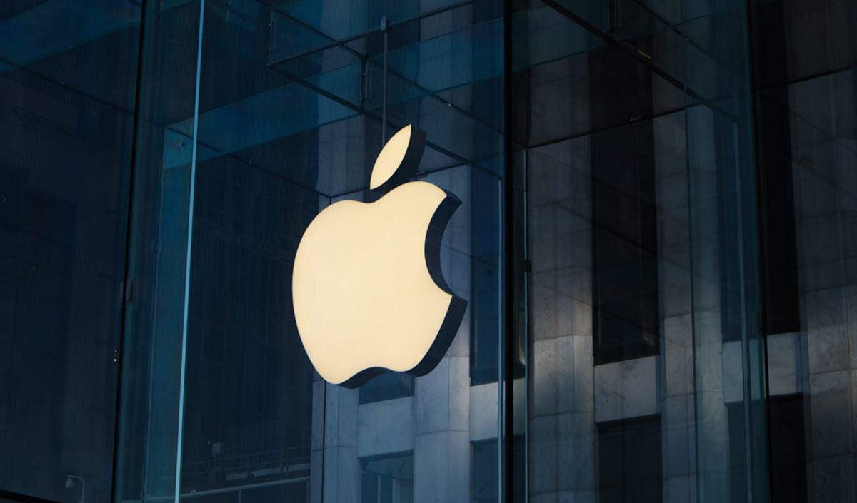 Apple estaría desarrollando un dispositivo Apple TV con altavoz y cámara web, y una pantalla inteligente