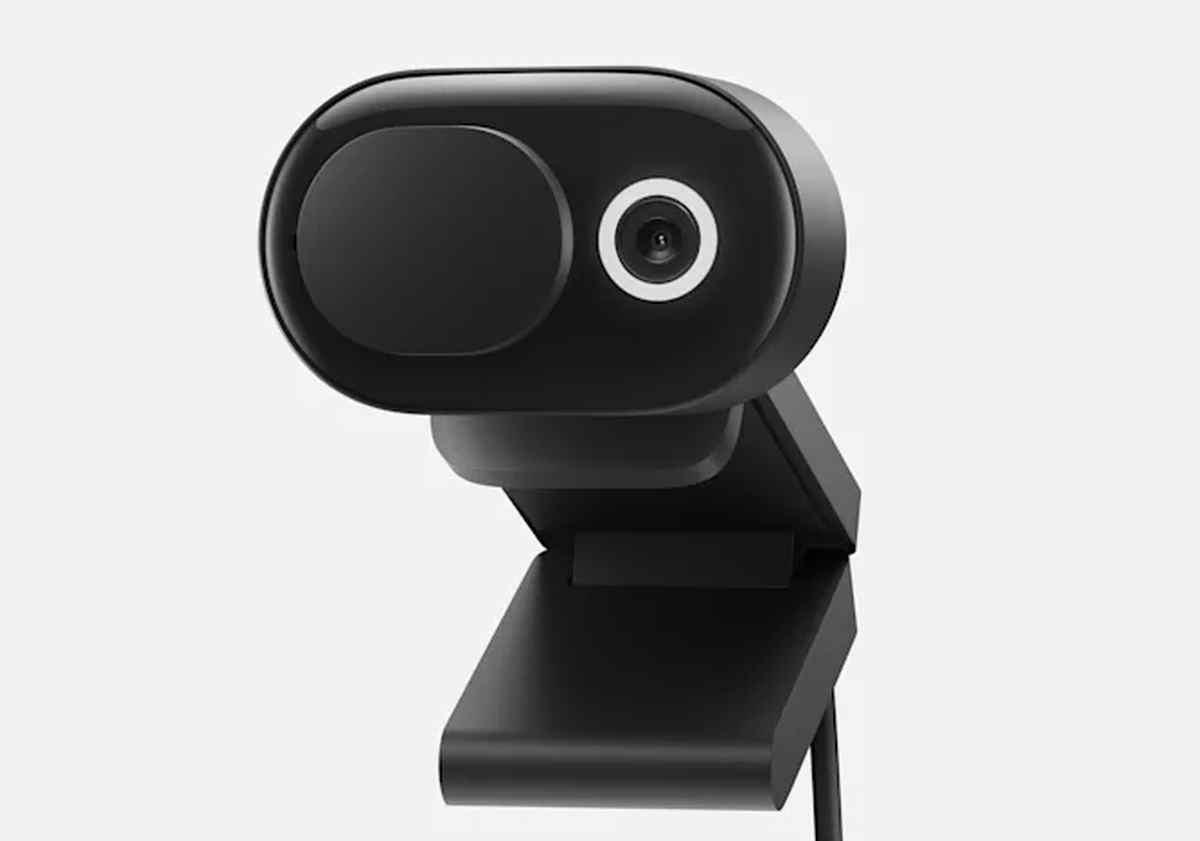 Microsoft presenta nueva cámara web así como otros accesorios compatibles con Teams
