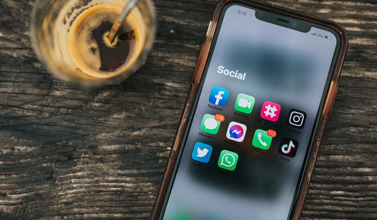 Solo 3 aplicaciones con más de 5.000 millones de descargas en Play Store no son de Google